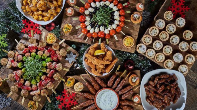 Beautiful Christmas Buffet