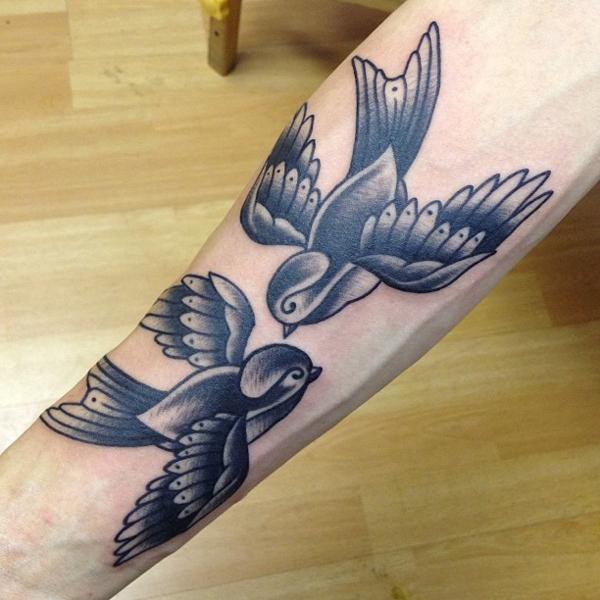 20 Hand Bird Tattoo Design